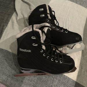Reebok women's CS400 figure skates